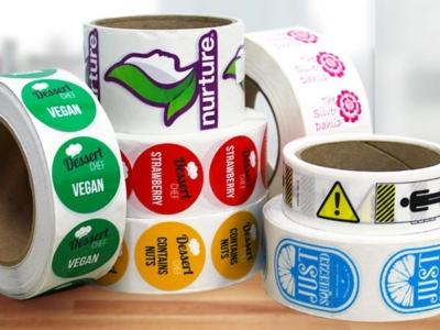 etichette-adesive-in-bobina